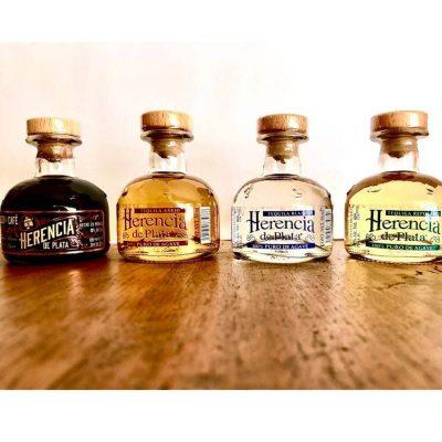 Tequila Tasting Set (Blanco, Reposado, Añejo, Likör) von Herencia de Plata