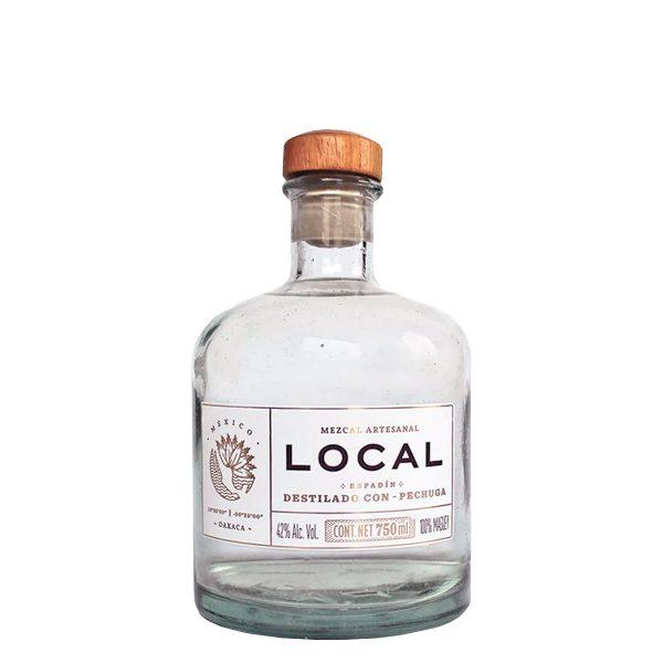 toller mezcal in recycelter flasche aus der espadin agave