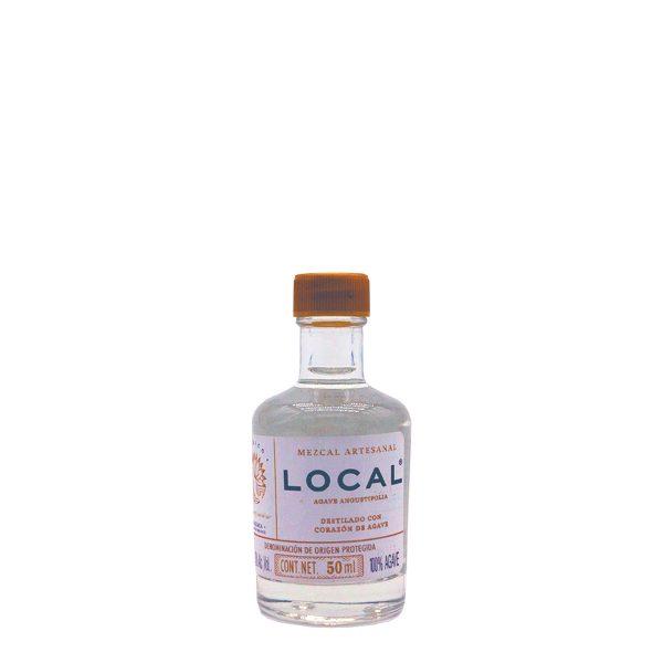 toller mezcal in recycelter flasche aus der espadin agave in klein