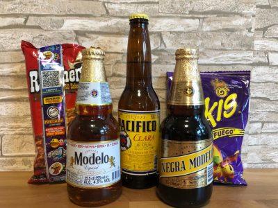 set aus mexikanischen knabbereien und bier für tolle fernsehabende